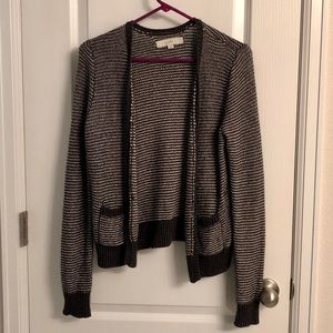 Silver cardigan with pockets